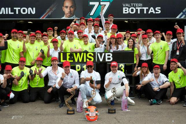 В Mercedes празднуют победу в Монако