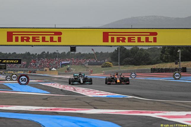 Борьба Льюиса Хэмилтона и Макса Ферстаппена на Гран При Франции