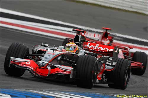 Льюис Хэмилтон на трассе Гран При Германии