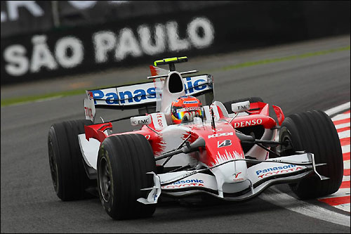 Тимо Глок на трассе в Сан-Паулу