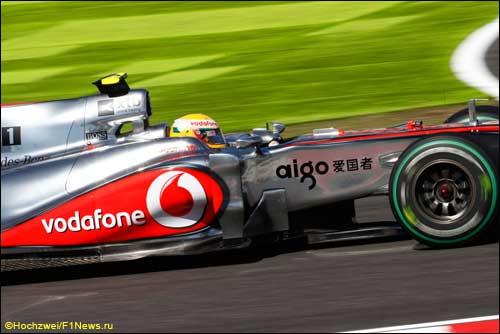 Льюис Хэмилтон на трассе Гран При Японии
