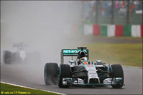 Льюис Хэмилтон на Гран При Японии