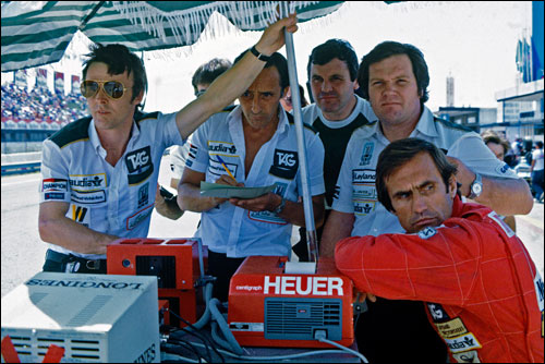 Команда Williams начала 80-х. Справа - Патрик Хед и Карлос Рейтеманн