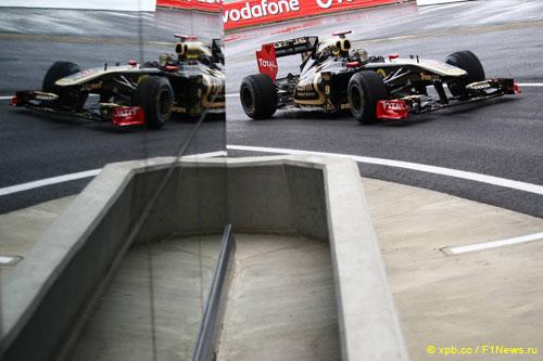 Ник Хайдфельд на трассе Гран При Великобритании