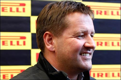 Глава гоночных программ Pirelli Пол Хембри