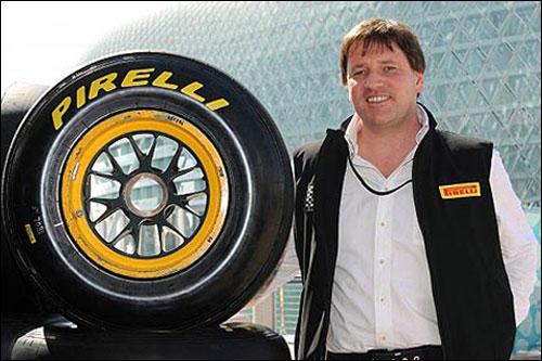 Руководитель гоночных программ Pirelli Пол Хембри