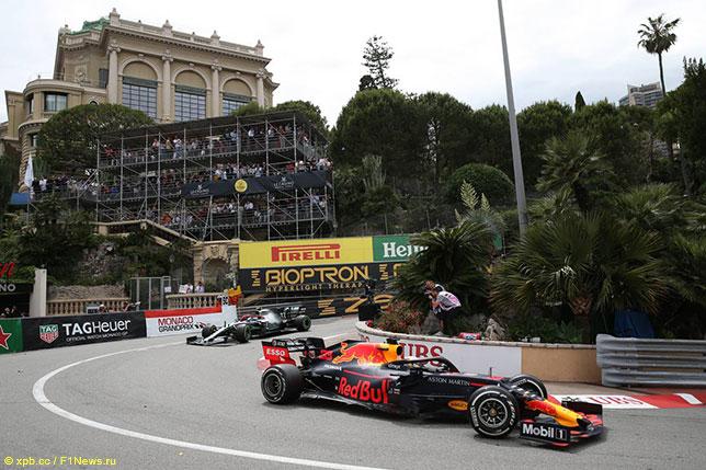 Макс Ферстаппен на трассе Гран При Монако