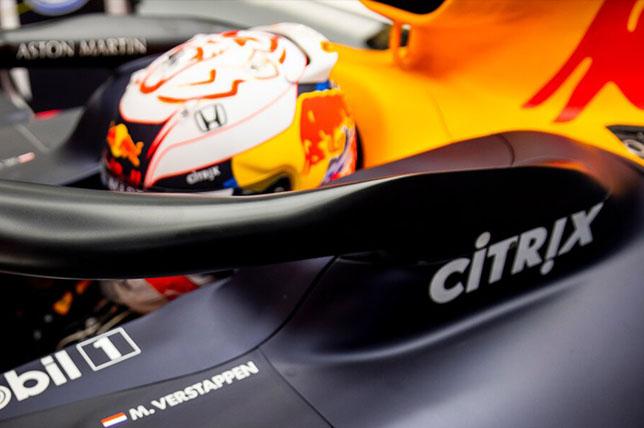 Логотип Citrix на машине Red Bull Racing