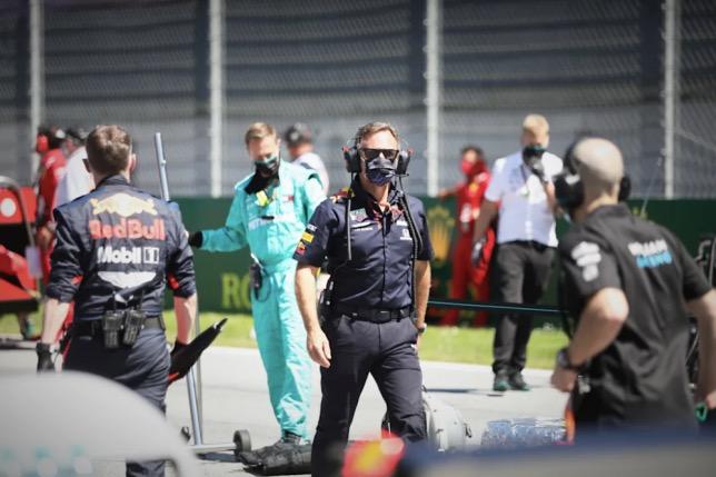 Кристиан Хорнер на стартовом поле перед Гран При Австрии