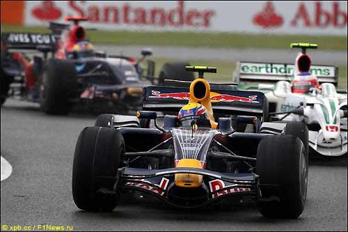 Марк Уэббер на трассе Гран При Великобритании, 2008 г.