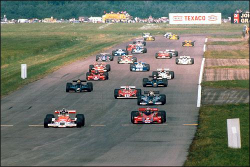 Гран При Великобритании'77: старт