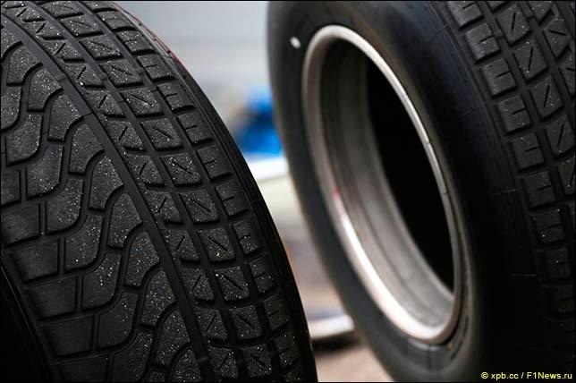 Разные варианты дождевых шин Pirelli