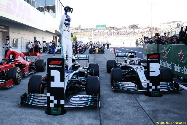 Гран При Японии. Первая тройка по итогам гонки.
