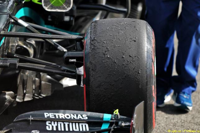 Гран При 70-летия Формулы 1. Шины Soft на машине Mercedes