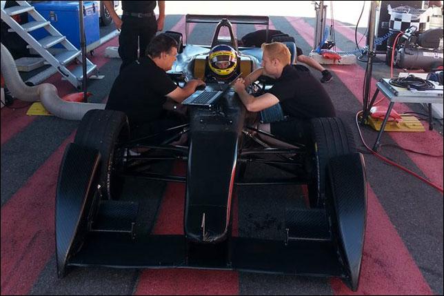 Жак Вильнёв на тестах Формулы E, фото пресс-службы Venturi