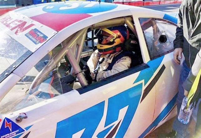 Жак Вильнёв на тестах машины Евросерии NASCAR, фото из Instagram гонщика
