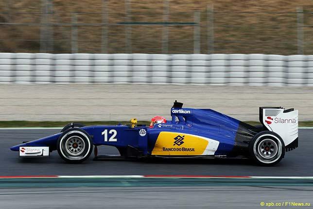 Sauber C34 в ходе тестов в Барселоне