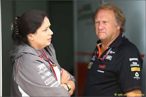 Мониша Кальтенборн и Роберт Фернли, заместитель руководителя Force India