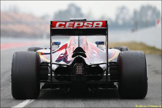 Макс Ферстаппен на тестах в Барселоне