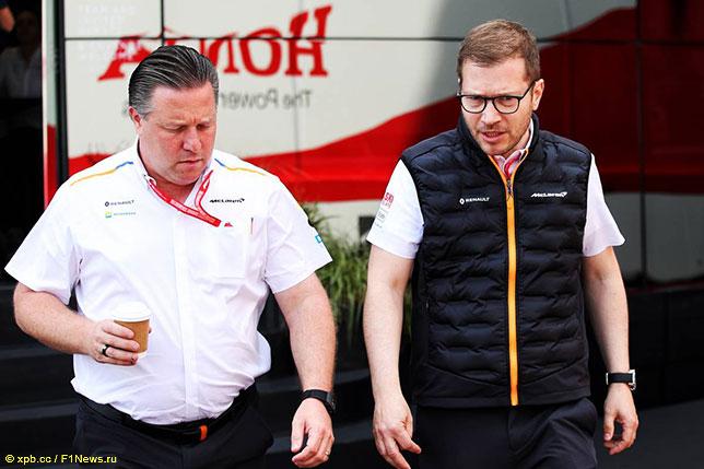 Зак Браун, исполнительный директор McLaren Racing, и Андреас Зайдль, руководитель команды McLaren