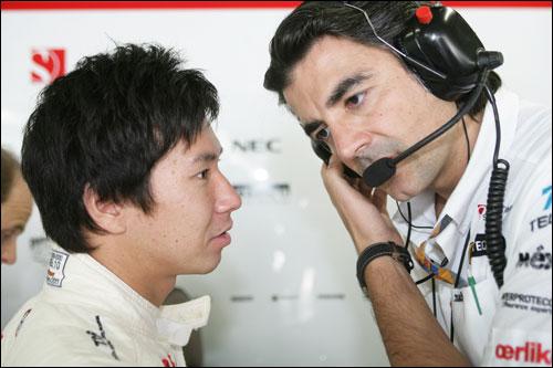 Камуи Кобаяши и его гоночный инженер