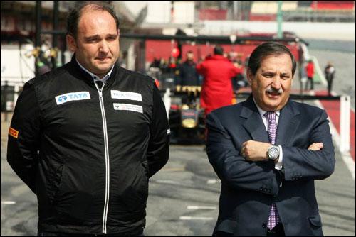 Руководитель команды Колин Коллес и её владелец Хосе-Рамон Карабанте