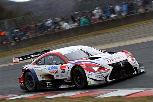 Lexus RC F команды SARD