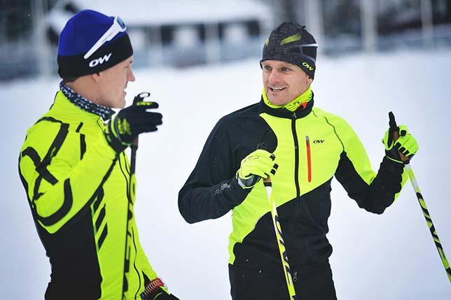 Хейкки Ковалайнен (справа) тренируется в Лахти