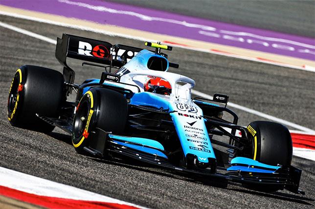 Роберт Кубица за рулём Williams FW42