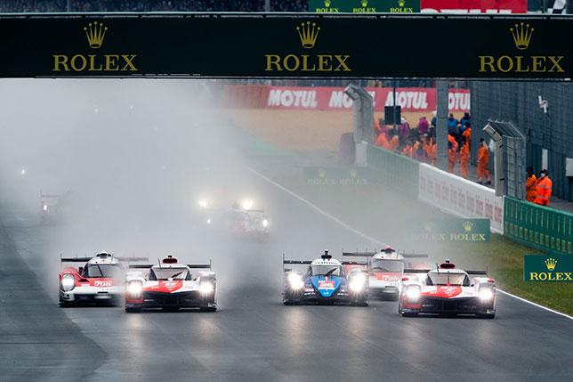 Старт гонки в Ле-Мане, фото пресс-службы WEC