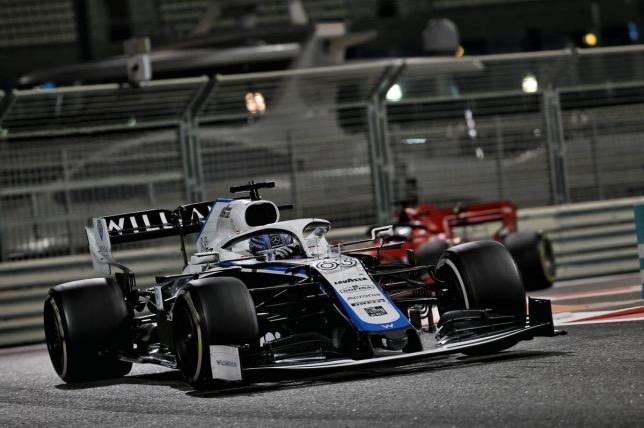 Джордж Расселл на трассе Гран При Абу-Даби, фото XPB