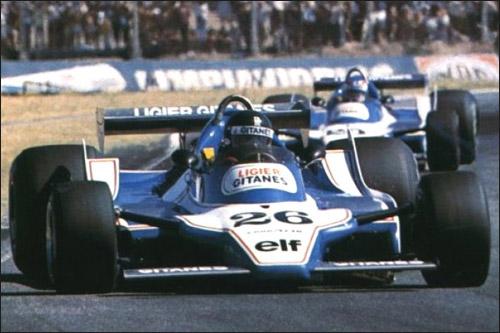 Жак Лаффит за рулем Ligier JS11