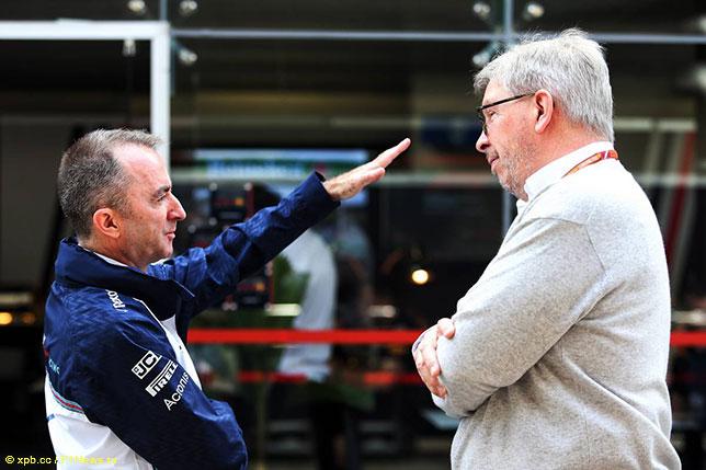 Падди Лоу, техническиий директор Williams, и Росс Браун, спортивный директор Формулы 1