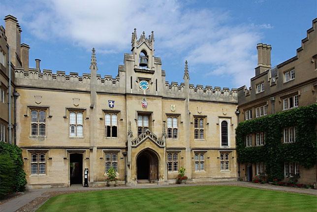 Колледж Sydney Sussex, в котором учился Падди Лоу