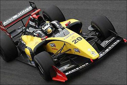 В 2013-м Кевин Магнуссен выступал под номером 20 в Мировой серии Renault