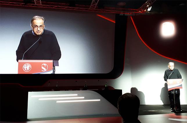 Серджио Маркионне на презентации в Милане, посвящённой началу сотрудничества Alfa Romeo и Sauber