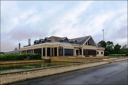 Технический центр Caterham в Лифилде