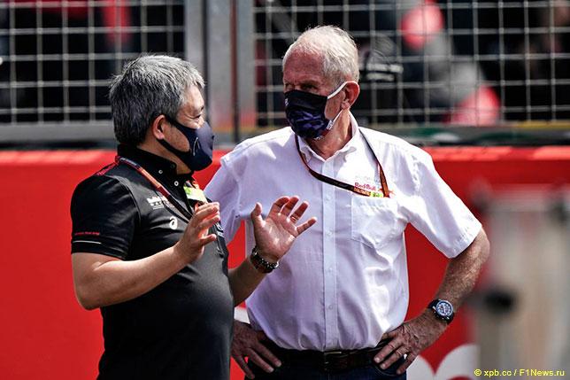 Хельмут Марко (справа) и Масаши Ямамото, исполнительный директор Honda Racing F1