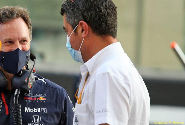 Майкл Маси, директор гонок FIA, и Кристиан Хорнер