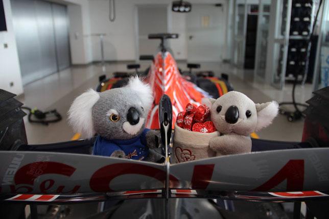 Поздравительная открытка от Toro Rosso