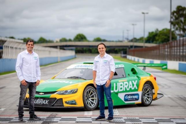 Хулио Кампос и Фелипе Масса, гонщики Lubrax Podium, фото пресс-службы команды