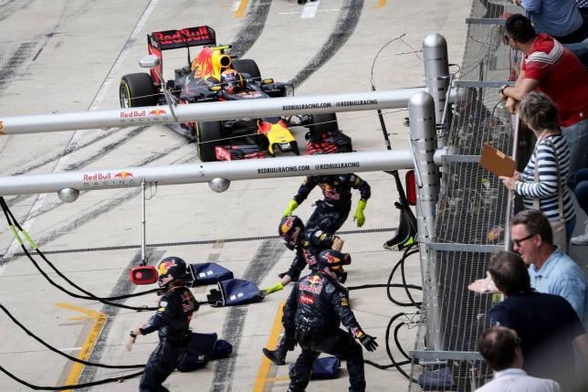 Пит-стоп Макса Ферстаппена на Гран При США 2016 года
