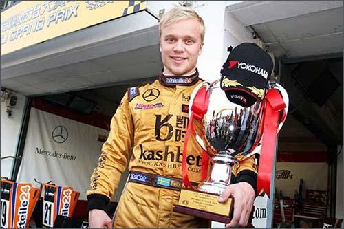 Феликс Розенквист - победитель субботней гонки Ф3 в Макао