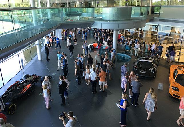 Автошоу в Технологическом центре McLaren