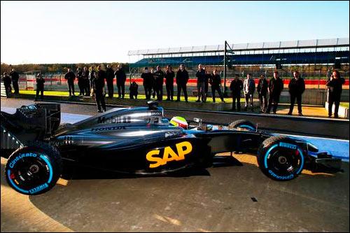 Промежуточная машина McLaren c мотором Honda. Фото пресс-службы Honda