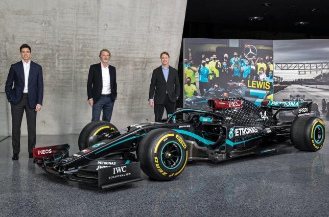 Тото Волльфф, Джим Рэтклифф, глава INEOS и Ола Каллениус, председатель совета директоров Daimler AG