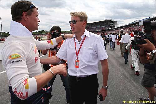Бывшие напарники по McLaren, Дэвид Култхард и Мика Хаккинен в Хоккенхайме