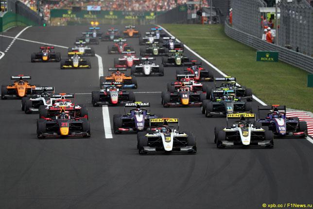 Старт гонки Формулы 3 в Венгрии, 2019 год