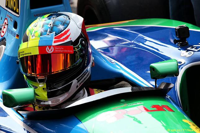 Мик Шумахер в Спа за рулём исторической Benetton B194