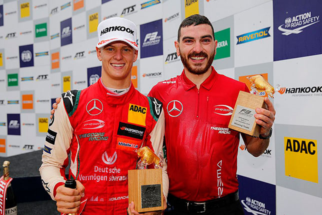 Мик Шумахер празднует очередную победу на Red Bull Ring вместе с командой Prema